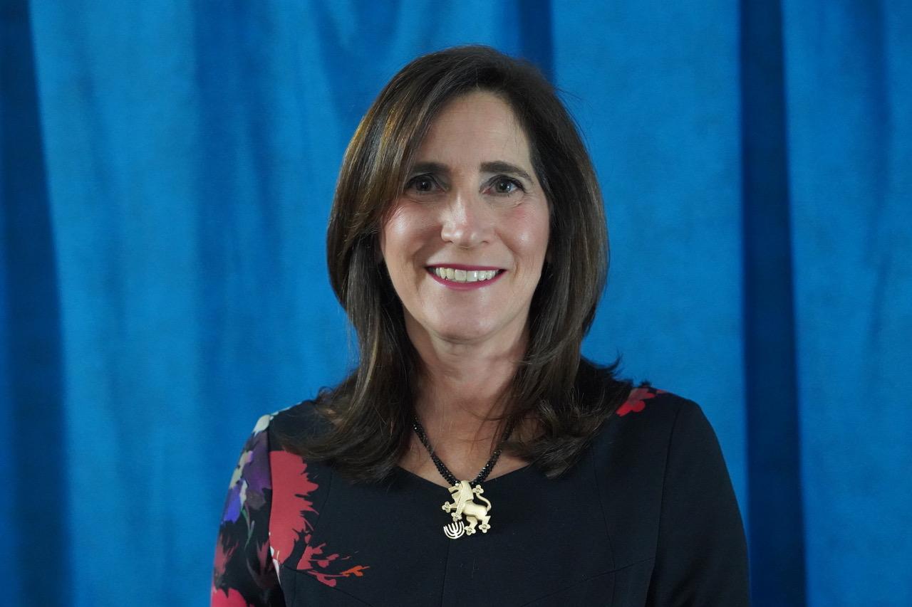 Meet Julie Savitch, Women's Philanthropy Chair